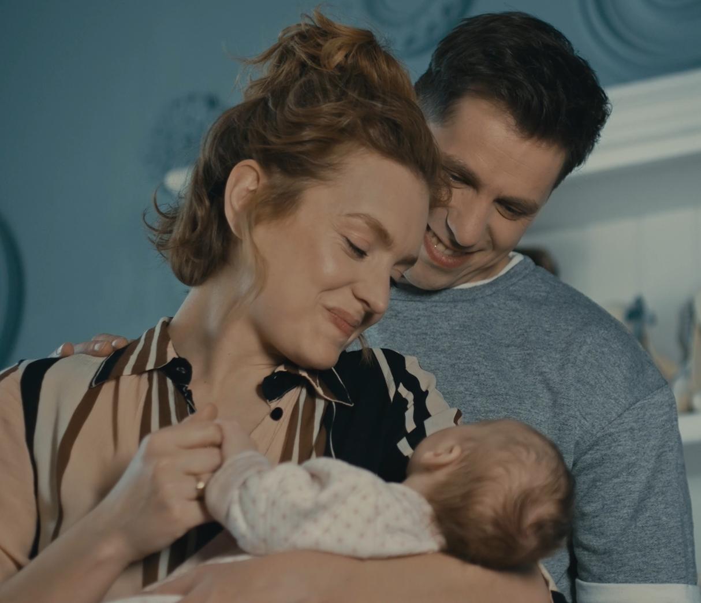 Трогательный видеоролик покажет историю родительского счастья